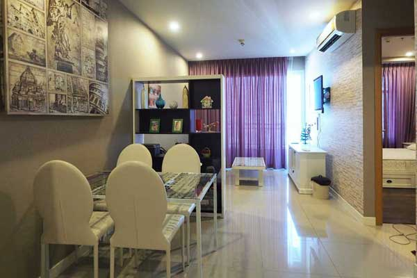 Circle-1-1br-rent-05173164761-featured