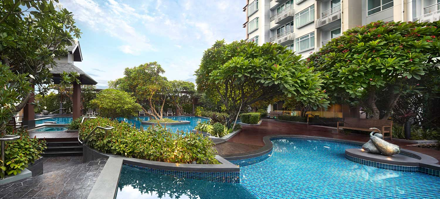 Circle Asoke Petchburi Bangkok condos for sale